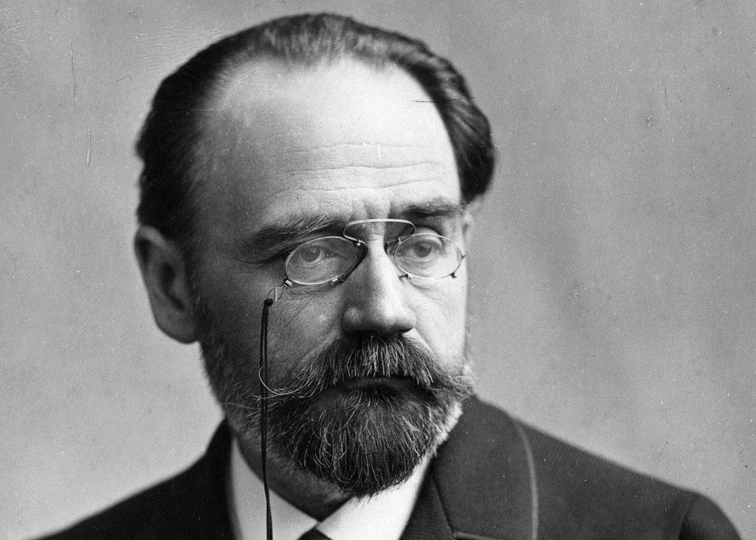 Où vivait Emile Zola ?
